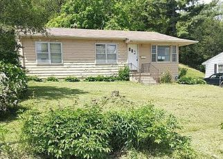 Foreclosed Home in Glenwood 51534 N WALNUT ST - Property ID: 4404906102