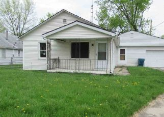 Foreclosed Home in Richmond 47374 HOLSAPPLE RD - Property ID: 4404916175