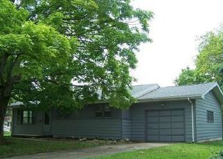 Foreclosed Home in Decatur 62526 HOME PARK AVE - Property ID: 4404917946