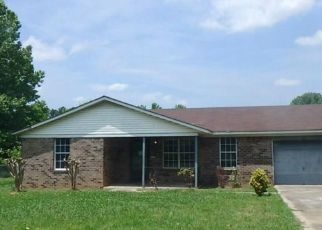 Foreclosed Home in Toney 35773 STAN RYAN RD - Property ID: 4405004212