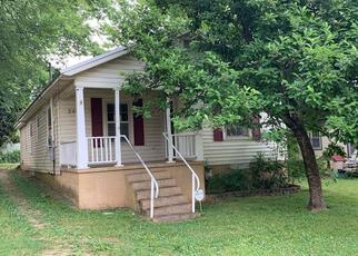 Foreclosed Home in Huntsville 35811 HUNTSVILLE ST NW - Property ID: 4405007726