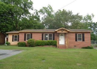 Foreclosed Home in Cochran 31014 PEACH ST - Property ID: 4405060725