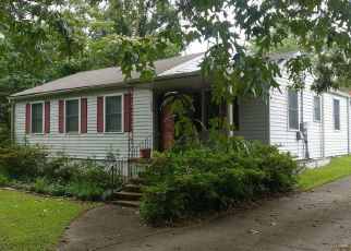 Foreclosed Home in Macon 31211 ENGLE DR - Property ID: 4405073417