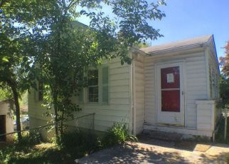 Foreclosed Home in Martinsburg 25404 CEMETERY RD - Property ID: 4405144819