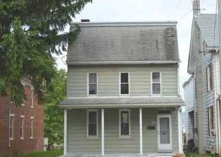 Foreclosed Home in Dallastown 17313 N LOMBARD ST - Property ID: 4405161898
