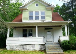 Foreclosed Home in Baltimore 21215 WOODLAND AVE - Property ID: 4405183347