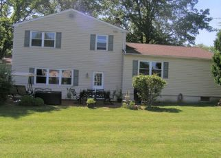 Foreclosed Home in Southampton 18966 LEMPA RD - Property ID: 4405185543