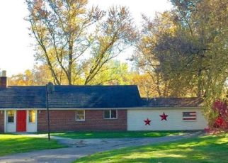 Foreclosed Home in Youngstown 44514 FERNCLIFF AVE - Property ID: 4405197363
