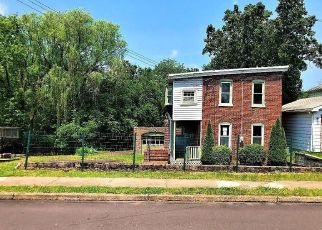 Foreclosed Home in Pottstown 19464 HENRY ST - Property ID: 4405217510