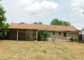 Foreclosed Home in Oklahoma City 73141 HUGHSON AVE - Property ID: 4405264368
