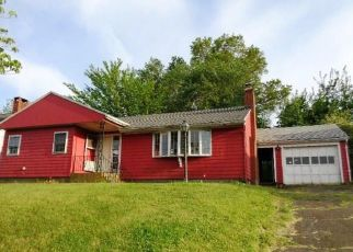 Foreclosed Home in New Britain 06053 PIERREMOUNT AVE - Property ID: 4405270958