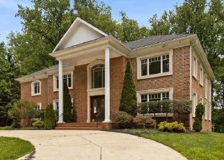 Foreclosed Home in Bethesda 20817 BURDETTE RD - Property ID: 4405287141