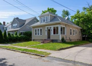 Foreclosed Home in Providence 02905 MOORLAND AVE - Property ID: 4405308611