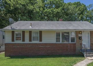 Foreclosed Home in Lanham 20706 OLIVER ST - Property ID: 4405374302