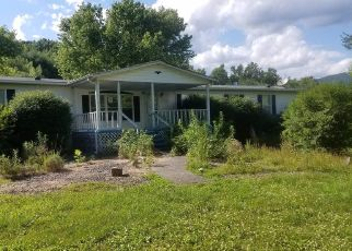Foreclosed Home in Pembroke 24136 CRABAPPLE LN - Property ID: 4405398394