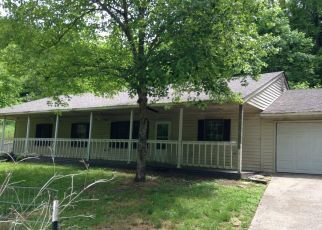 Foreclosed Home in Lancaster 40444 LOCUST LN - Property ID: 4405405850