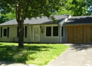 Foreclosed Home in Paducah 42001 SPRING ST - Property ID: 4405410662