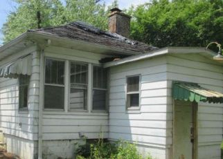Foreclosed Home in Creal Springs 62922 ROUTE 166 - Property ID: 4405419863