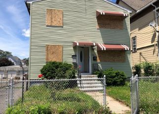 Foreclosed Home in Bridgeport 06606 CHARLES ST - Property ID: 4405472862