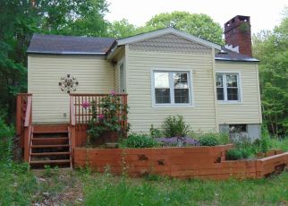 Foreclosed Home in Harwinton 06791 S SHORE DR - Property ID: 4405479417