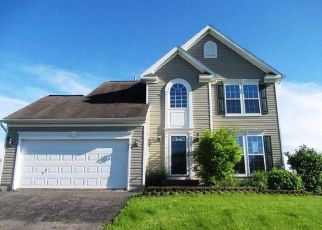 Foreclosed Home in Syracuse 13215 MANOR HILL DR - Property ID: 4405485552