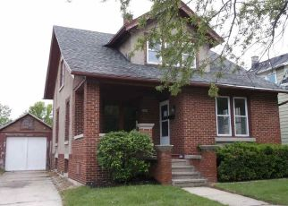 Foreclosed Home in Sheboygan 53081 SAEMANN AVE - Property ID: 4405500890