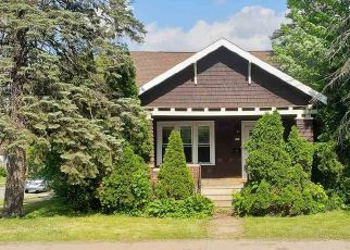Foreclosed Home in Stevens Point 54481 2ND ST - Property ID: 4405504834