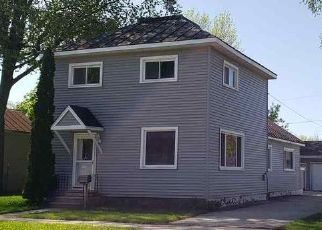 Foreclosed Home in Oconto 54153 MADISON ST - Property ID: 4405514904