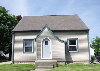 Foreclosed Home in Milwaukee 53216 N 71ST ST - Property ID: 4405515330