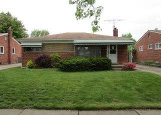 Foreclosed Home in Westland 48185 BLACKBURN DR - Property ID: 4405527600