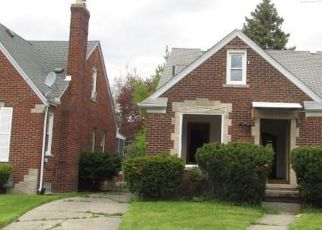 Foreclosed Home in Detroit 48205 SEYMOUR ST - Property ID: 4405534159