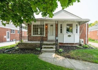 Foreclosed Home in Allen Park 48101 GAHONA AVE - Property ID: 4405536802