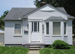 Foreclosed Home in Allen Park 48101 PHILOMENE BLVD - Property ID: 4405540293