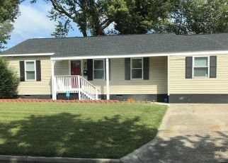 Foreclosed Home in Hampton 23669 EASTMORELAND DR - Property ID: 4405579719
