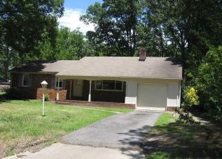 Foreclosed Home in Portsmouth 23703 TARNYWOOD DR - Property ID: 4405580597