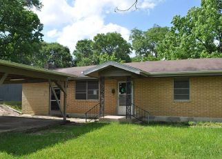 Foreclosed Home in Kirbyville 75956 E TROUT ST - Property ID: 4405610822