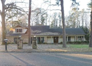 Foreclosed Home in Marshall 75672 ARLINGTON RD - Property ID: 4405628775