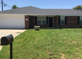 Foreclosed Home in Abernathy 79311 6TH ST - Property ID: 4405641469