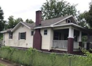 Foreclosed Home in Chattanooga 37407 5TH AVE - Property ID: 4405689204