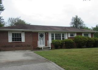 Foreclosed Home in Knoxville 37912 WALKING DR - Property ID: 4405690520