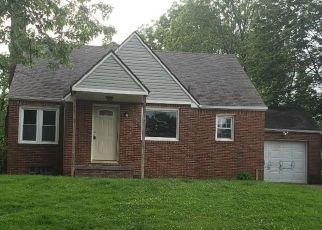 Foreclosed Home in Canton 44709 GRUNDER AVE NW - Property ID: 4405702796
