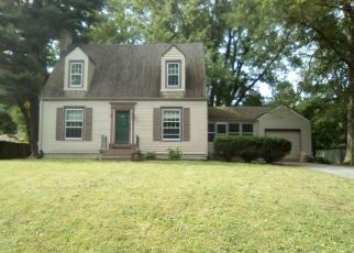 Foreclosed Home in Belleville 62223 CARSON DR - Property ID: 4405734763