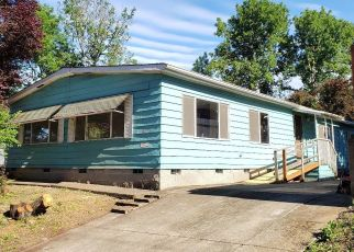 Foreclosed Home in Springfield 97478 MT VERNON RD - Property ID: 4405780301