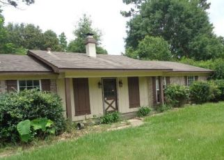 Foreclosed Home in Mobile 36619 DEBORAH DR W - Property ID: 4405892878