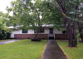 Foreclosed Home in Mobile 36618 DOVER ST - Property ID: 4405893296