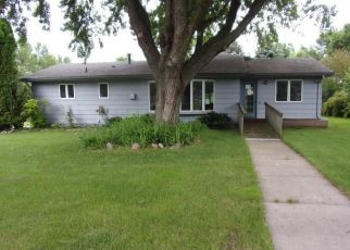 Foreclosed Home in Waseca 56093 8TH AVE NW - Property ID: 4405953302