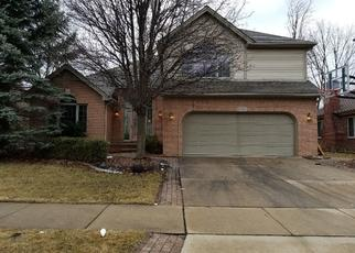 Foreclosed Home in Clinton Township 48038 BROOKS DR - Property ID: 4405968188