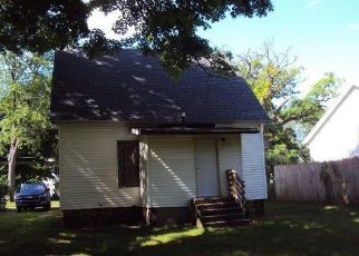 Foreclosed Home in Dowagiac 49047 E DIVISION ST - Property ID: 4405980910