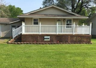Foreclosed Home in Newport 48166 LAKEVIEW BLVD - Property ID: 4405981783
