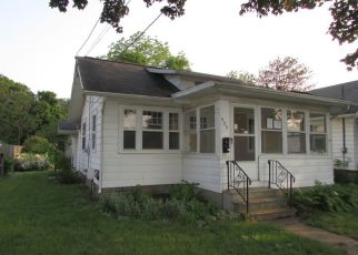 Foreclosed Home in Jackson 49202 SAINT CLAIR AVE - Property ID: 4405982659